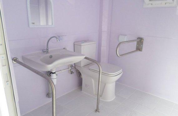 215x215 Cabina di  WC per disabili portatile
