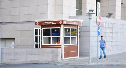 Cabine di sicurezza moderne Karmod da utilizzare nel Palazzo di giustizia di Istanbul