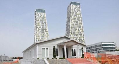L'edificio per uffici vendite e informazioni di Monumento a Kartal è completato