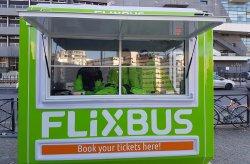 Le cabine di biglietteria di Flixbus di Karmod